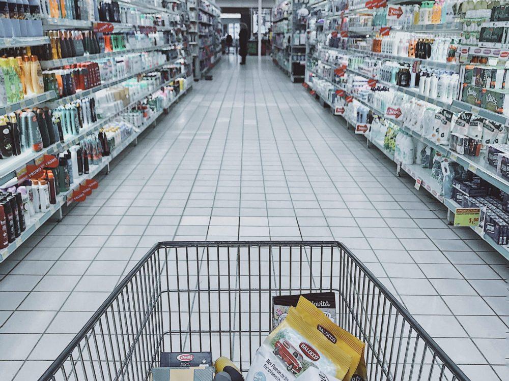 Consumer Spending Statistics - Grocery Cart